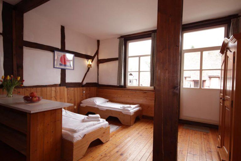 Schlafzimmer für 2 Personen mit Einzelbetten in Apartment 33 - Teil der FeWo Fuchs