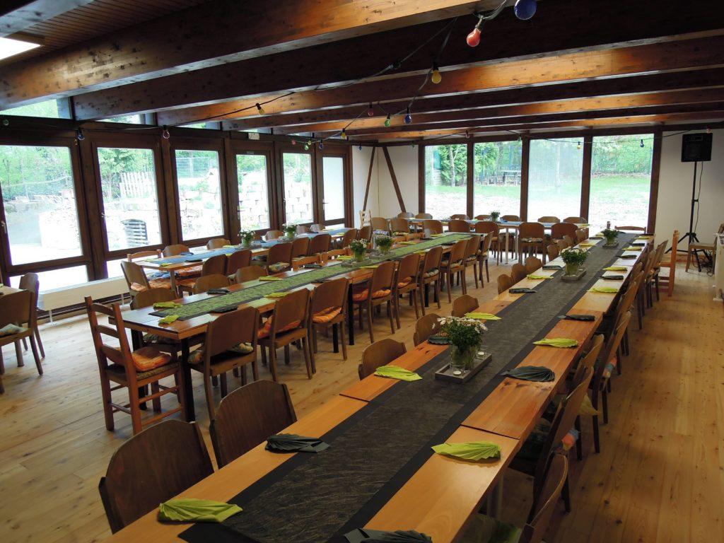 Club Raum Birke vorbereitet für einen Sektempfang